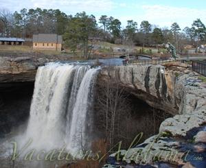 Noccalula-Falls-Park-Gadsden-Alabama