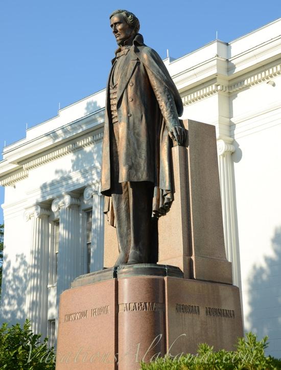 Jefferson davis statue montgomery alabama - Southern homes and gardens montgomery al ...